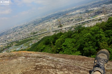 osaka-prefectural-forests-konozan-forest-park-view-from-kannon-rock-2